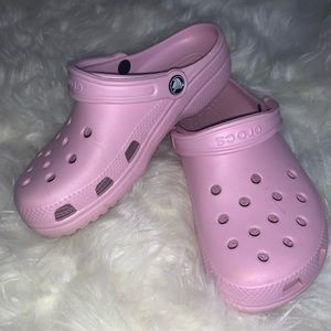 baby pink crocs